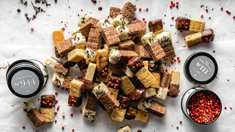 shortbread-mit-schokolade-zimtblueten-und-rosa-pfeffer-rimoco16x9_480x270